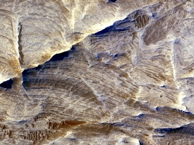 White Ridges on Mars