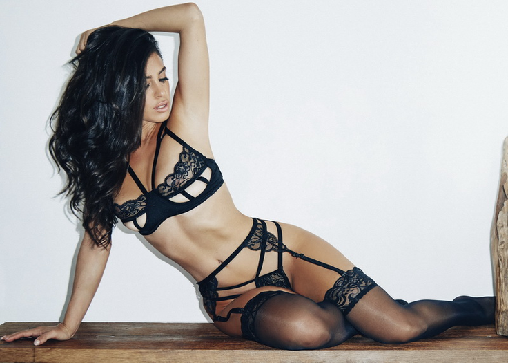 Dark Diva Black Lace Bra, Garter Belt, & Thong Set