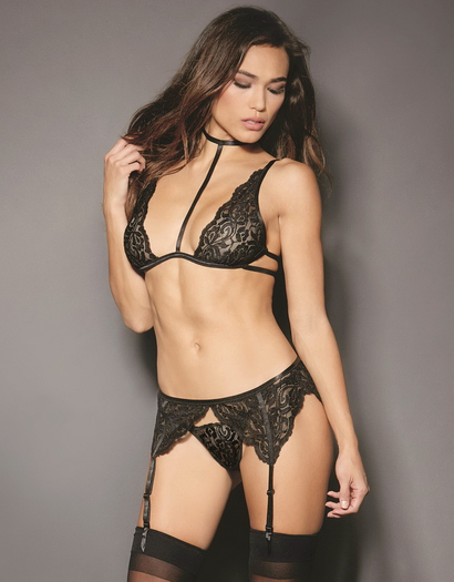 Lace Lolita Black Bra, Garterbelt, & Thong Set