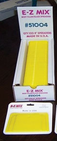 "E-Z MIX 51004 Yellow Plastic 4"" Filler Spreader - 100 Spreader/Box"