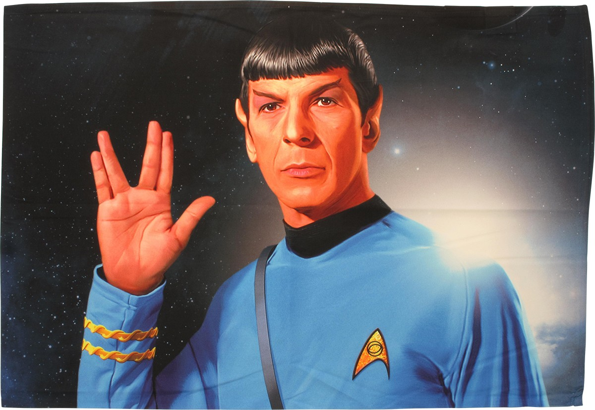 BUON NATALE - Pagina 2 Star-trek-spock-salute-sublimated-pillow-case-4