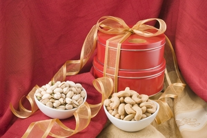 Giant Whole Cashews/Colossal California Pistachios Gift Tin Tower