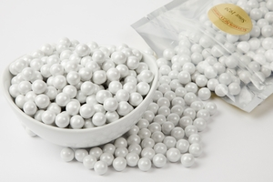 Pearl White Sixlets (1 Pound Bag)