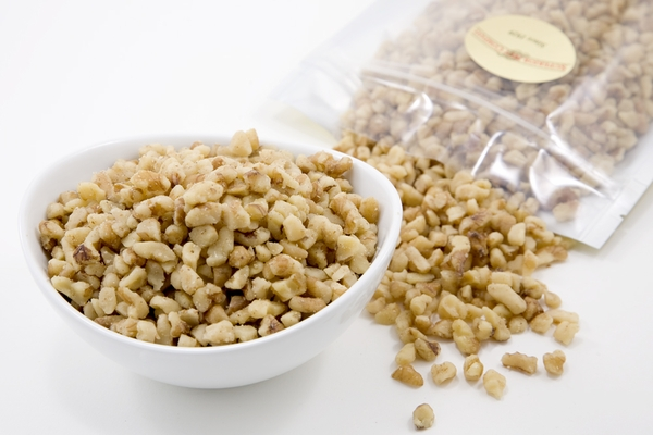 Raw Walnut Small Pieces (1 Pound Bag)