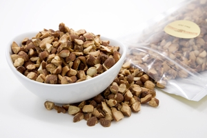 Roasted and Chopped Almonds (1 Pound Bag)