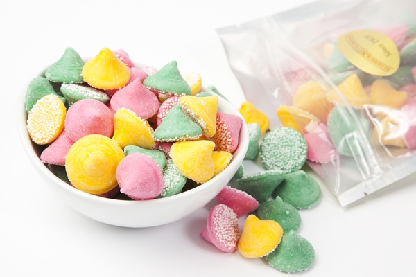 Smooth and Melty Non Pareil Mint Chocolates (1 Pound Bag)