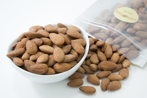 Unsalted Dry Roasted Almonds (1 Pound Bag)