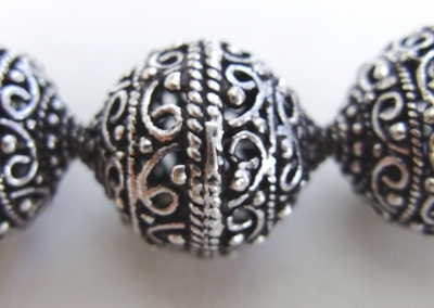 Round Hollow Bead - 18mm - 11 Beads - .999 Silver Over Copper<br>SCBK4-2