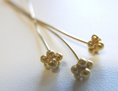 Flower Head Pin 4mm 25+Pieces 24Kt. Gold Over Copper core