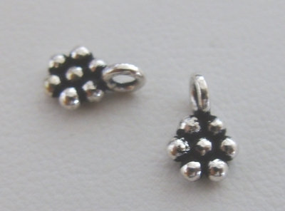 Daisy Charm - 5mm - 80 Charms - .999 Silver Over Copper<br>SCBK9C