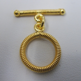 Fancy Detail Toggle - 16mm Circle w/ 24mm Bar - 6 Clasps - 24Kt. Gold Over Copper