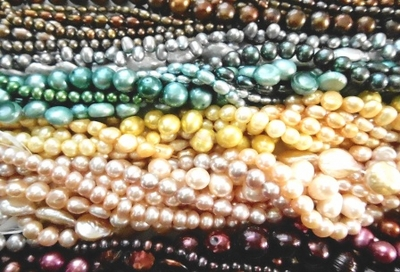 Fresh water Pearls in diferent shapes and colors new arrivals