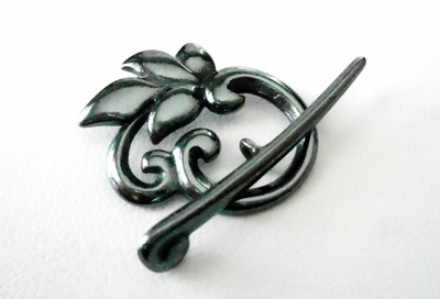 Leaf Design Toggle - 24x20mm - 1 Clasp - Gun Metal<br>5190GM