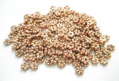 Daisy Spacer - 3mm - 160 Pieces - Rose Gold Over Copper<br>SIB03