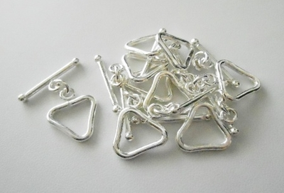 Triangle Toggle - 13x15mm Triangle w/ 23mm Bar - 6 Clasps - .999 Silver Over Copper