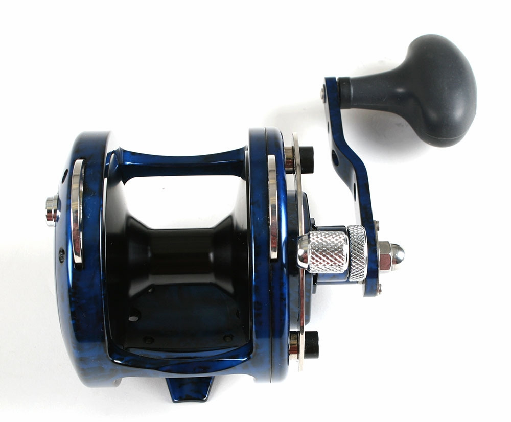 Avet HX 4 2 Single Speed Lever Drag Casting Reel Blue/Black Camo