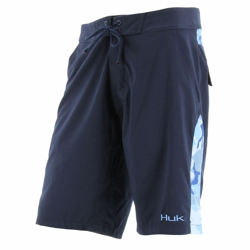Huk performance fishing huk camo boardshorts tackledirect for Huk fishing shorts