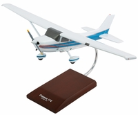 Cessna 172 Skyhawk Model Airplane