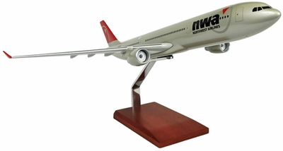 Northwest A330-300 Model