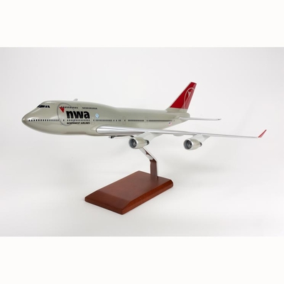 Northwest B-747-400 Model