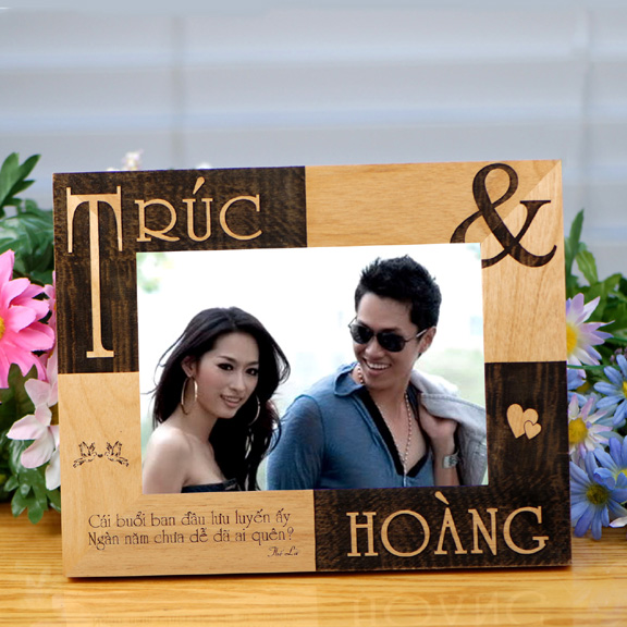 Personalized Vietnamese Couple Frame - Romantic Gifts Collection.