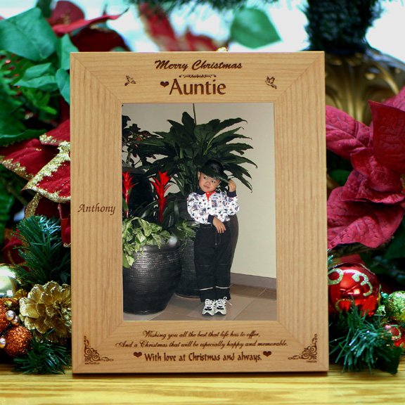 Personalized Wood Christmas Frame for Auntie - Holiday Photo Frames