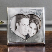 "Beatriz Ball FRAME heart 5"" x 7"""