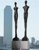 Global Views Pair of Contempo Statues-Black w/White Limestone