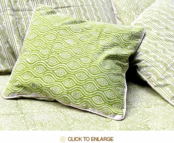 Tilonia® Home: Decorative Pillow Cover - Mod Pod in Green Apple