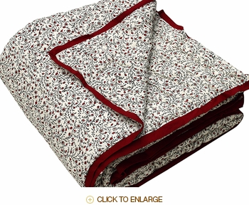 Tilonia Home: Queen Quilt - Red Berries