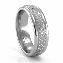 EDWARD MIRELL Hammer Finished Titanium Wedding Band