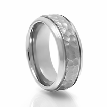 HAMMER Titanium Band with Hammer Finish