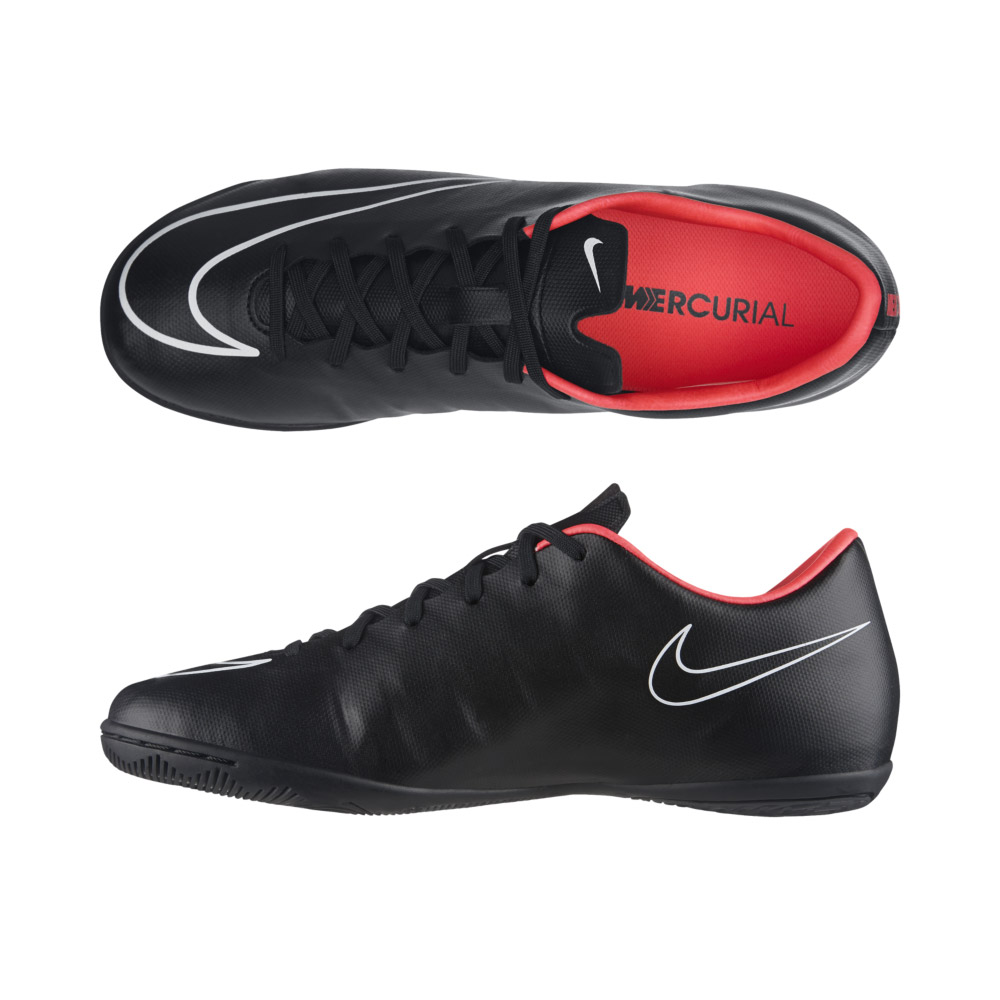 Nike Total  Indoor Soccer Shoes