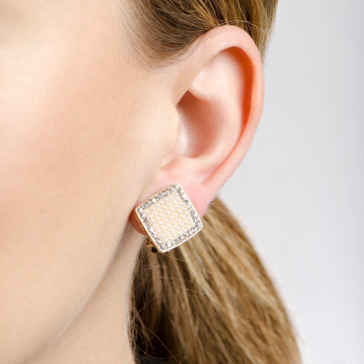 Aideen's Gold Diamond Shape Imitation Pearl And Rhinestone Clip On Earrings