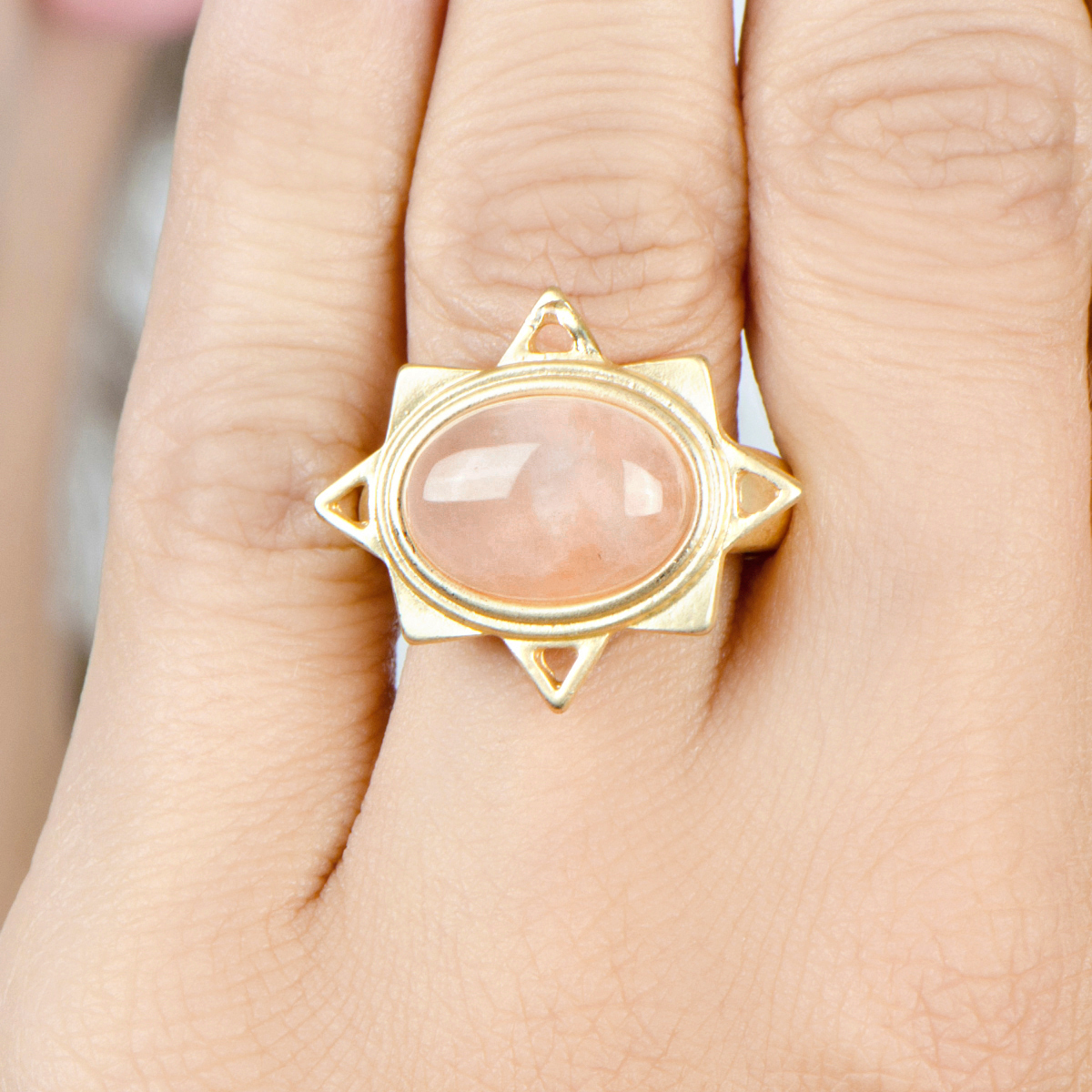 pink stone star stretch ring