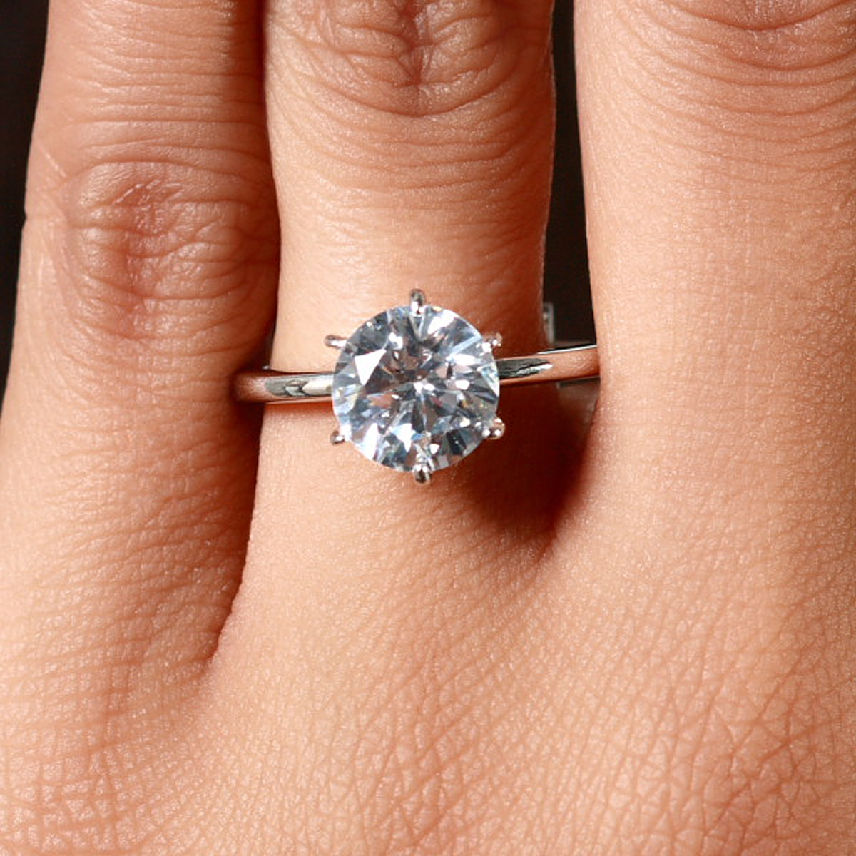 225 Carats Round Cut Cubic Zirconia Engagement Ring