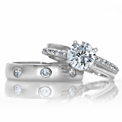 Janice's Round Cut Cubic Zirconia Wedding Ring Set