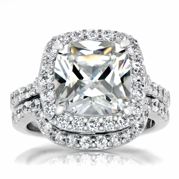 Sheera's Cushion Cut CZ Halo Wedding Ring Set - 10mm