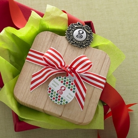 Holiday Wreath Initial Wood Board Gift Set - click to enlarge