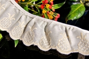 "1-7/8"" Ivory Beige Pineapple Embroidered Vintage Ruffled Lace Trim"