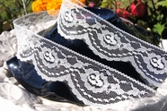 "2 1/4"" Off-White Scalloped Floral Lace Trim #lace-107"