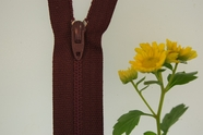 "9"" Burgundy Zipper"