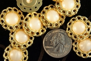 "Gold Chain Rim Plastic Pearl Button 3/4"" (12 pcs)"
