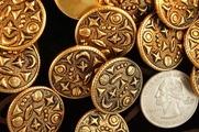 "Gold Embossed Metal Shank Buttons 7/8"" inch (8 pcs)"
