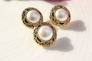 """Vintage Metallic Gold Shank Faux Pearl Buttons 3/4"""" inch (10 pcs)"""