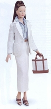 "16"" BEVERLY HILLS CHIC DISPLAY DOLL"
