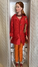 "16"" MADISON AVE AFTERNOON DISPLAY DOLL"