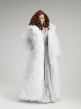 "16"" WINTER FLAME SYDNEY CHASE - incl fur coat"