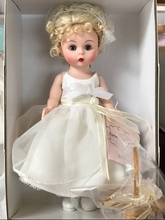 "8"" FOREVER YOURS FLOWER GIRL - blonde"