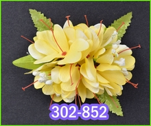 Kahili Ginger w/Blossom & fern Hair Clip - Yellow